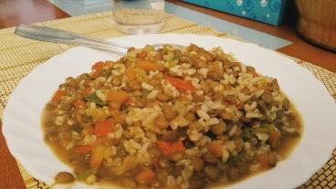 Lentejas con arroz y quinoa. Todoentrenamientos.